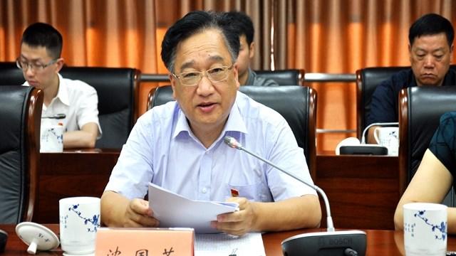 沈国芳以普通党员身份参加区委办党支部专题组织生活会