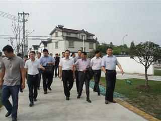 农创村迎来市党代表巡视团
