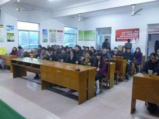 后练村组织村民收看十八大开幕式