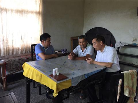 苏州市农委领导来村开展结对扶贫活动