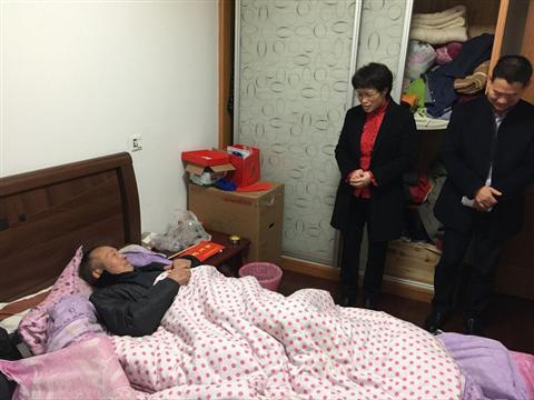 联团村积极开展春节前困难走访慰问活动