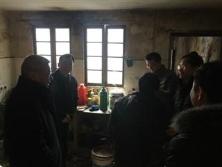 区人大常委会副主任张志成来民益村走访慰问困难