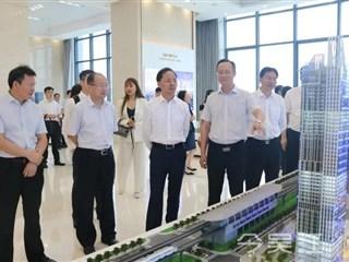 寻策问道深化合作!区领导率队赴深圳拜访知名企业考察城市更新
