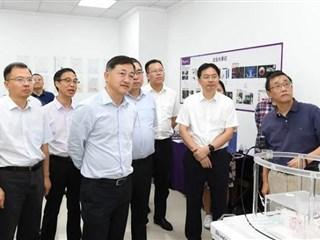 在加快形成新发展格局中实现高质量发展!区领导调研吴江开发区企业创新发展情况